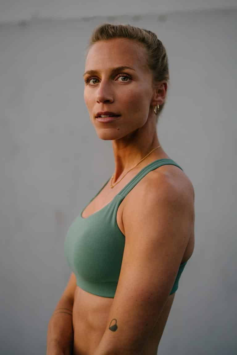 Irene Scholz_Peloton Instructor_Fitness_Training_Workout_Energy_Spinning_Core_Strong Body_Strong Mind_Active Living_Berlin_Strong Woman_Sport_Health
